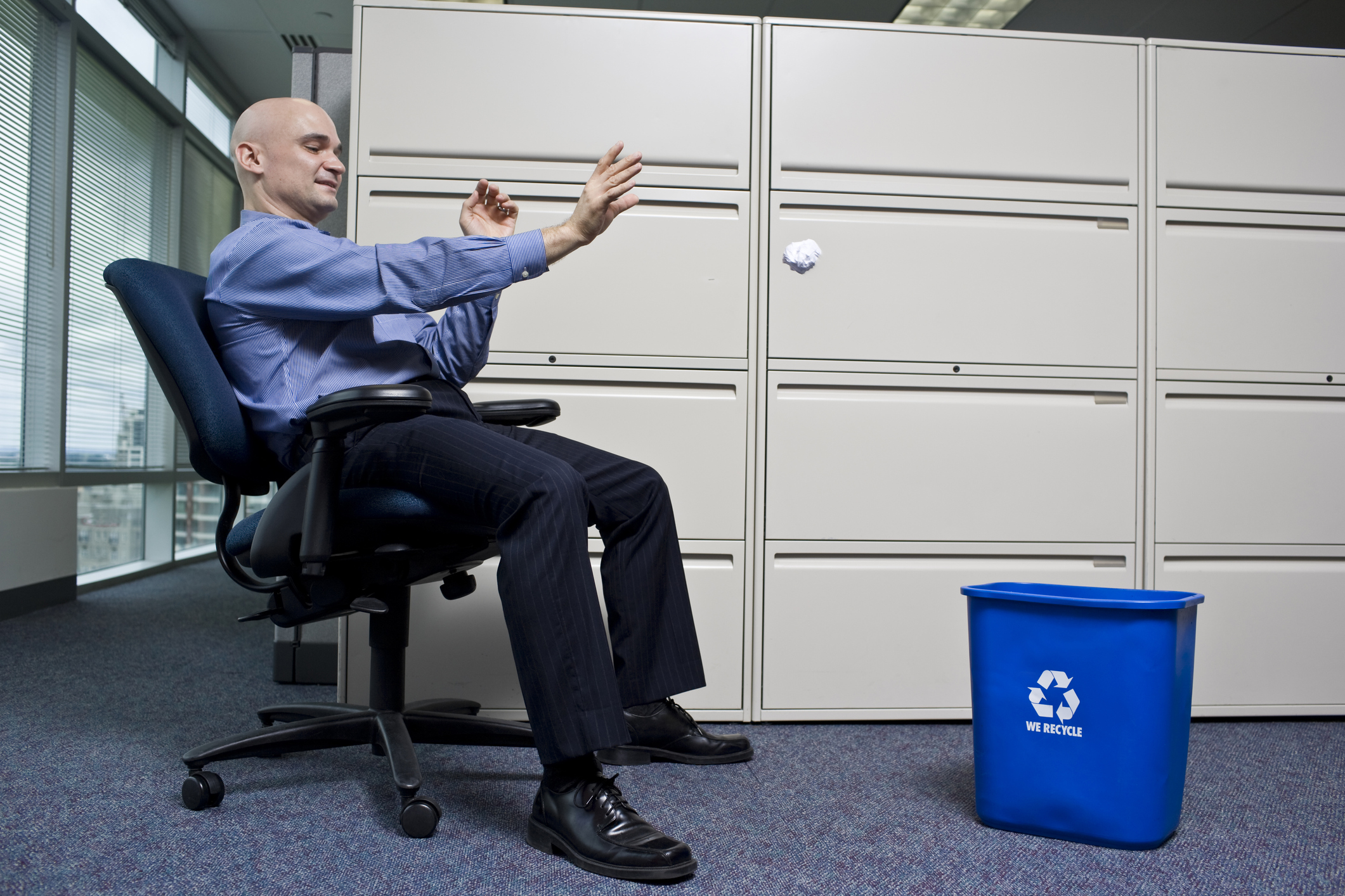 waste challenge - position bin near desk